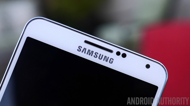 Samsung-Galaxy-Note-3-top-bezel-logo