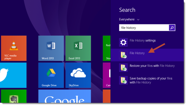 Windows_8_Start_screen_file_history