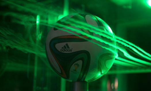 آیرودینامیک توپ های فوتبال جام جهانی در تصاویر متحرک جذاب