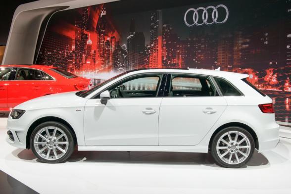 جدیدترین اتومبیل 2016 آئودی
