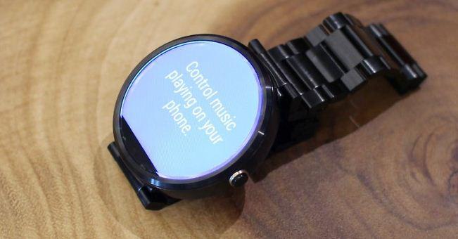 دو ساعت هوشمند از ال جی و موتورولا در راه است.
