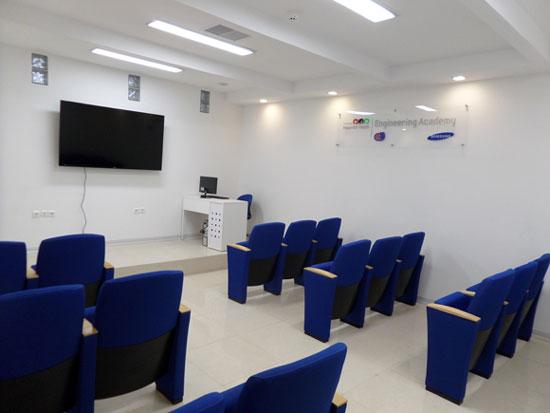 کلاس های آموزشی مرکز آموزش تخصصی سامسونگ
