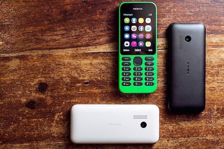 مایکروسافت گوشی جدید Nokia 215 را با امکانات اینترنتی روانه بازار می کند