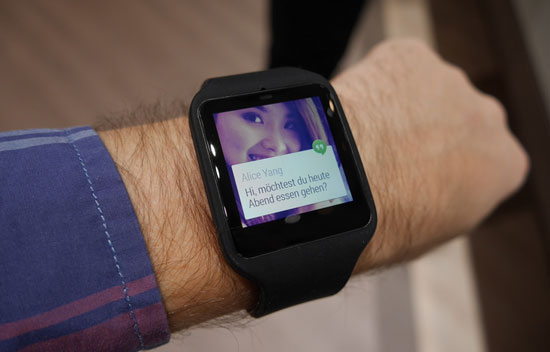 Sony Smartwatch 3 in steel