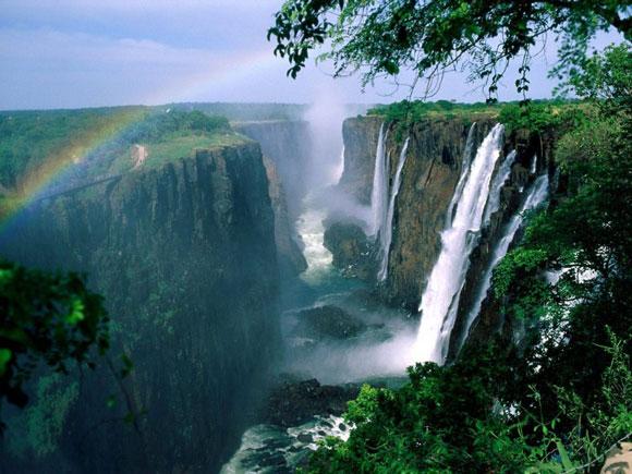 زوم شو : عجیب ترین مکان های دیدنی جهان