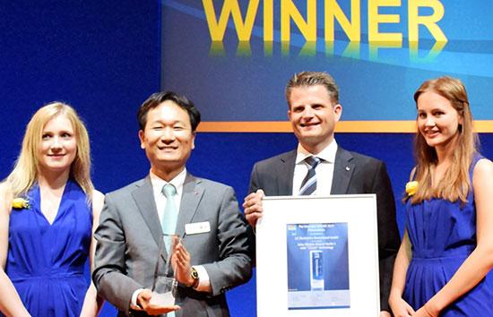 نمایشگاه Intersolar-Europe-Award - پنل های خورشیدی ال جی - زوم تک