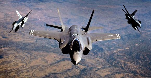 جنگنده F-35 در مقابل جنگنده F-16 کم آورد