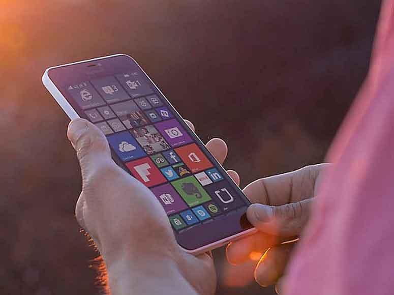 احتمال میرود Lumia 950 و Lumia 950 XL شرکت ماکروسافت، در اکتبر عرضه شوند