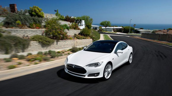 قابلیت های جدید در بروز رسانی تسلا مدل S