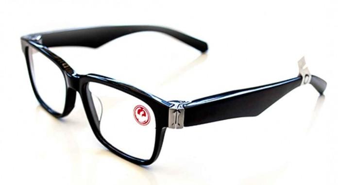 عینک های تقریبا هوشمندی که مسخره به نظر نمی آیند
