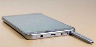 وارد کردن اشتباه قلم S Pen در گوشی Galaxy Note5 باعث خرابی می شود