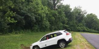 Hack cars Jeep Cherokee