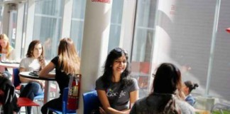گروه توسعه گوگل برنامه ی تک میکرز را برای بانوان اجرا می کند