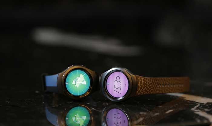 ساعت هوشمند  Gear S2  : همکاری سامسونگ با برندهای معتبر مد و طراحی