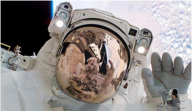 پیاده روی فضایی 2