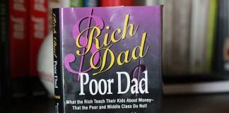 دانلود کتاب پدر پولدار و پدر بی پول از رابرت کیوساکی
