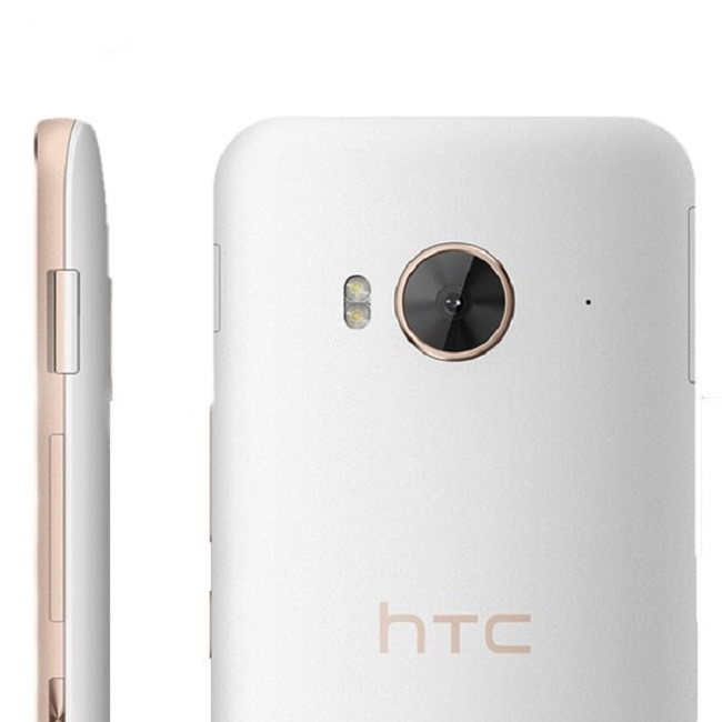 HTC One ME (2)
