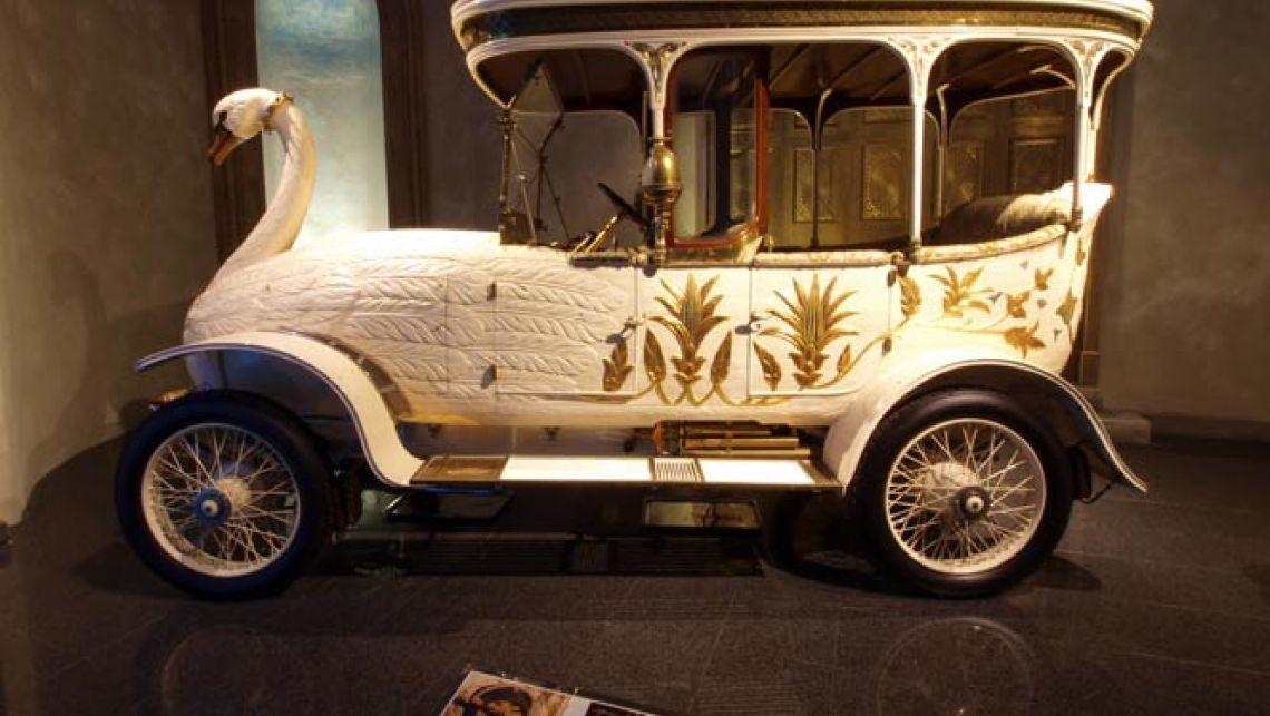 Brooke-Swan-Car-gallery