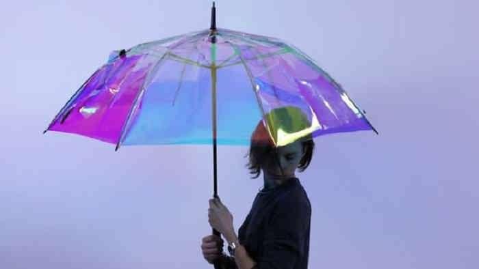 چتر هوشمند جدید در هوای بهاری به کمک کاربران می آید