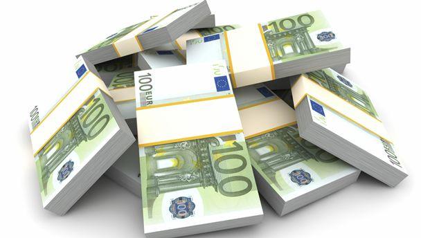 دولت فرانسه بابت هر آیفونی که اپل از باز کردنش سر باز زده 1 میلیون یورو غرامت می خواهد