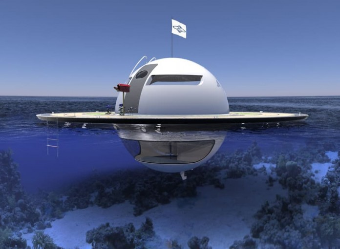 خانه ای سفینه ای شکل که روی آب معلق است