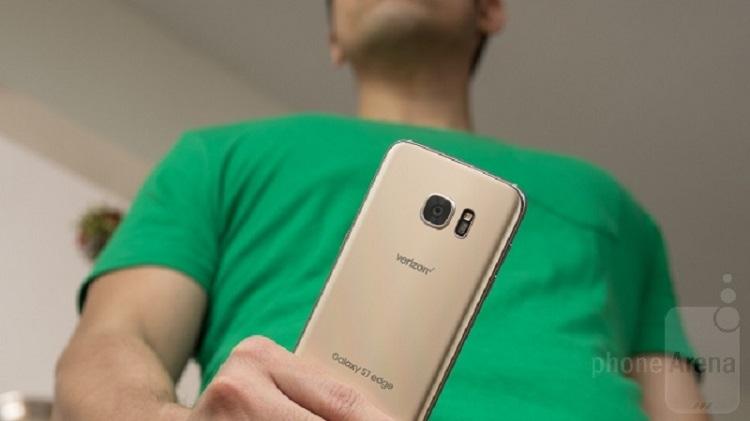 سامسونگ توانست در رده ی اول بازار گوشی های هوشمند آمریکا بایستد