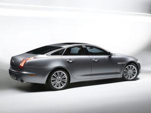 2010-jaguar-xj12