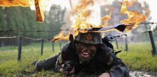 تمرین های نظامی دیوانه وار