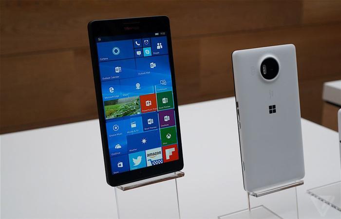 فروشگاه های مایکروسافت دیگر تلفن همراه نمی فروشند
