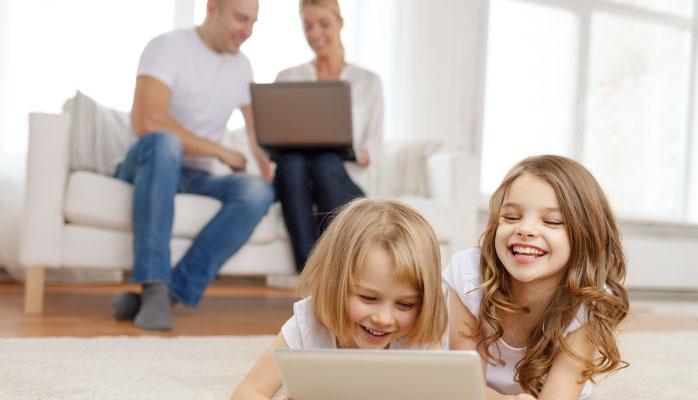 بهترین هدیه هوشمند برای کودکان