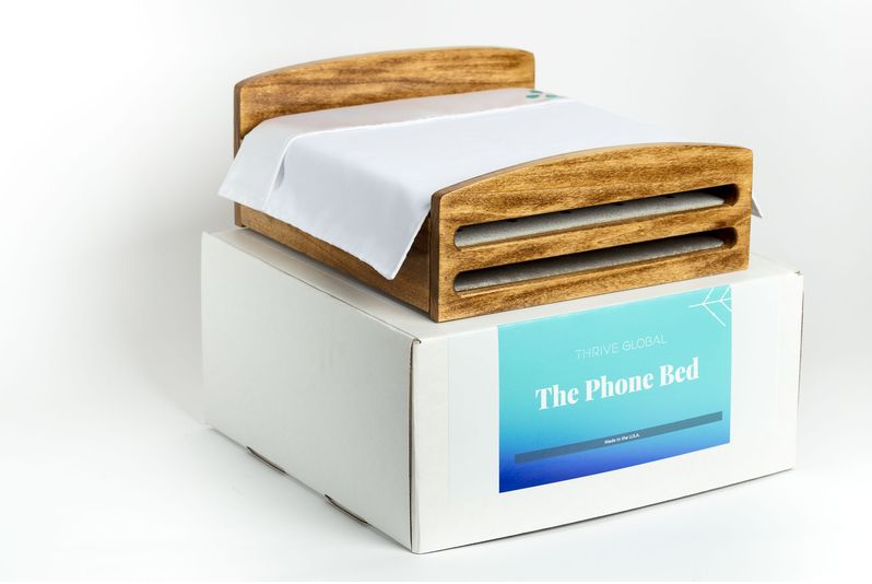 برای تلفن همراه خسته تان یک تختخواب بخرید
