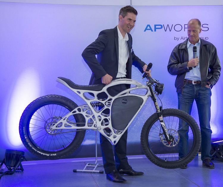 اولین موتورسیکلت با چاپ سه بعدی
