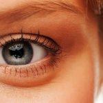 چگونه گودی و سیاهی دور چشم را برطرف کنیم
