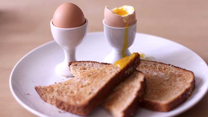 چرا مصرف صبحانه ضروری است؟