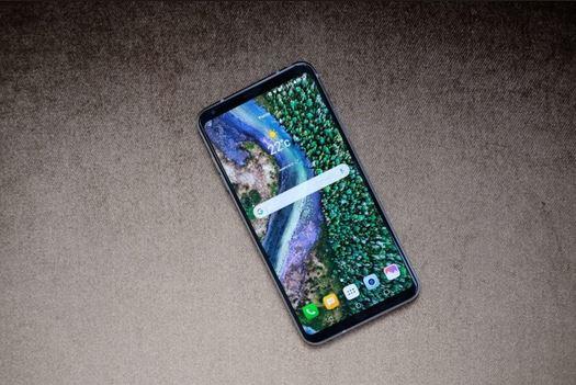 2بررسی گوشی LG V35 ThinQ