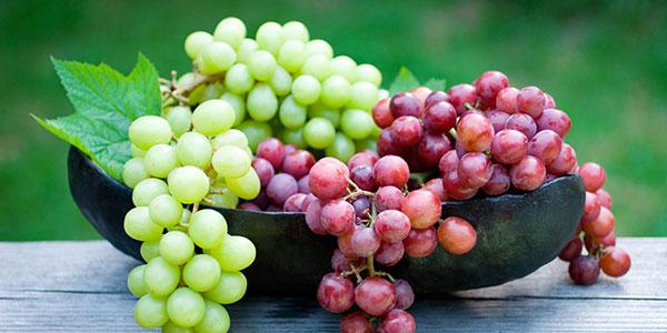 انگور و خواص آن برای پوست