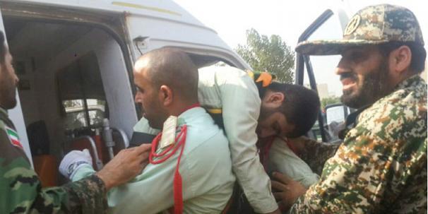 حمله گروه های ترویستی به مراسم رژه