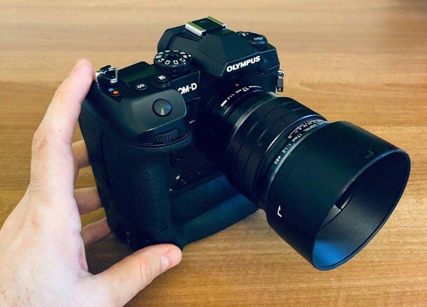 دوربین حرفه ای Olympus E-M1X