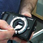 چگونه سنسور دوربین خود را تمیز کنیم ؟ (ببینید)