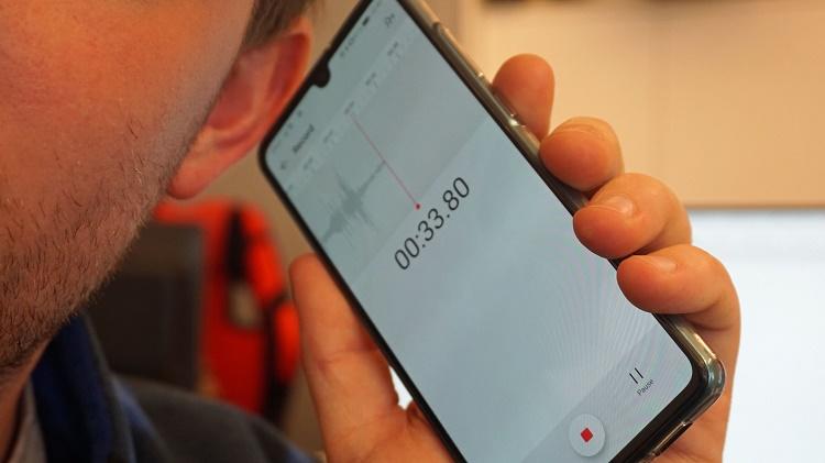 نحوه ضبط تماس تلفنی در دستگاه آیفون یا اندروید با استفاده از دستگاه دیگر