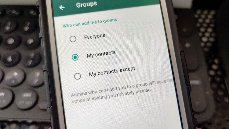واتساپ امکان کنترل عضویت اجباری در گروه ها را میدهد