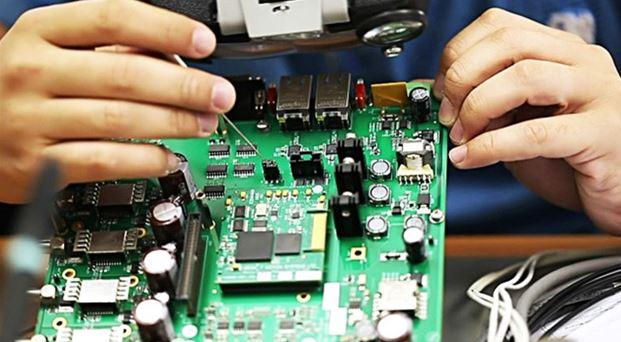 چگونه وارد بازار کار تعمیرات برد الکترونیکی شویم؟