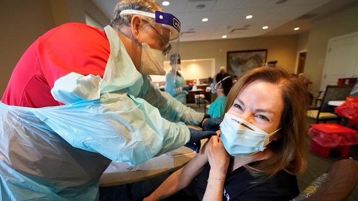 گزارش ها حاکی از کم بودن آثار آلرژی به واکسن کووید -19 مدرنا است